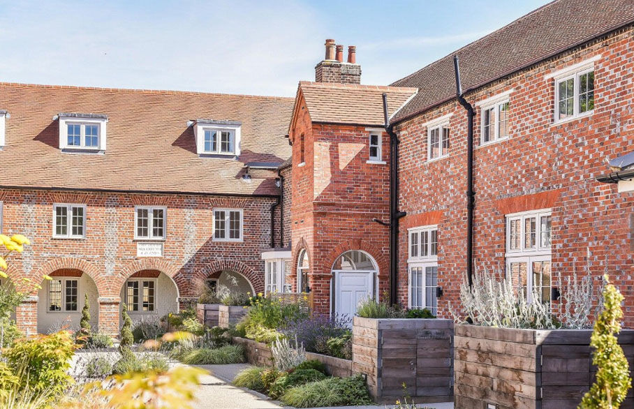 Thinking of downsizing? Buying a property in retirement guide