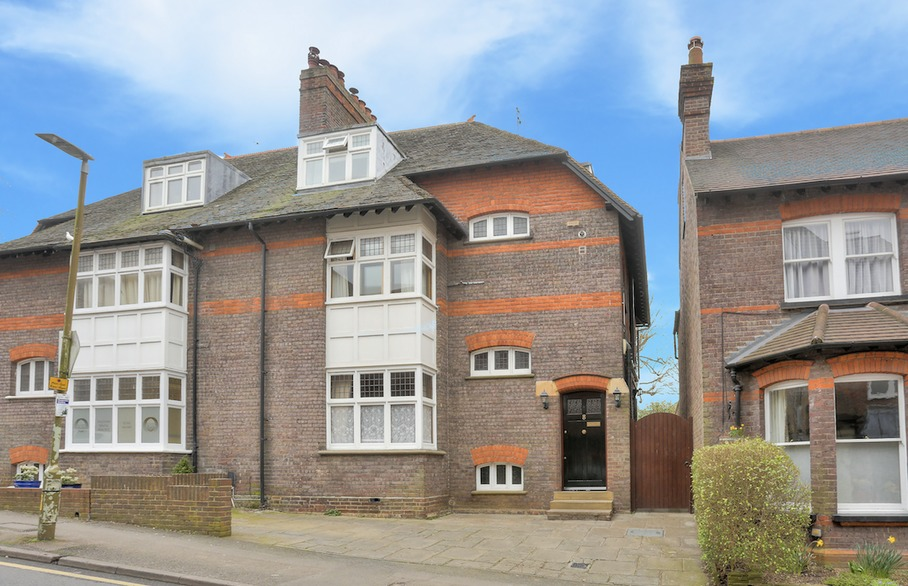 Featured property: character house in the heart of Harpenden