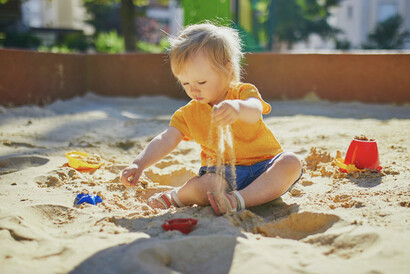 Play with sand in St Albans
