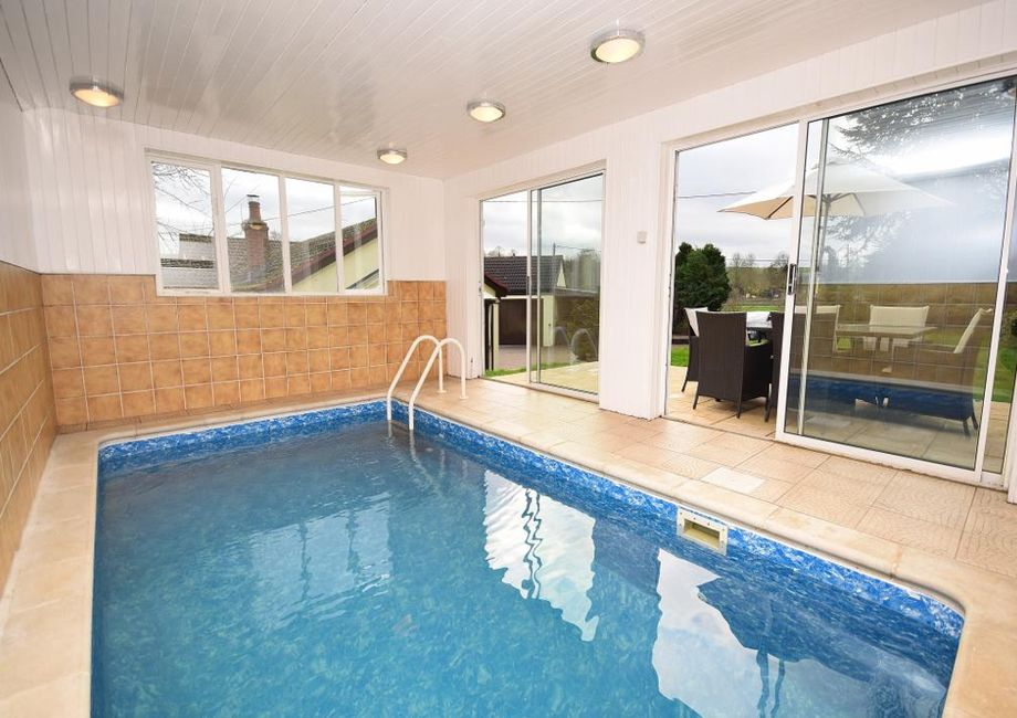 The Benefits Of A Hydrotherapy Pool