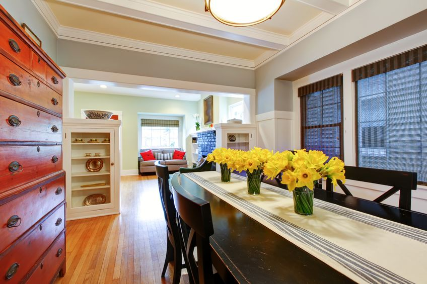 Give your home's interior a touch of spring