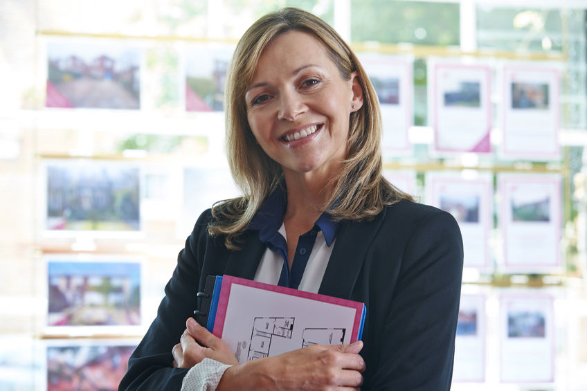 Traditional estate agents – sellers 1st choice