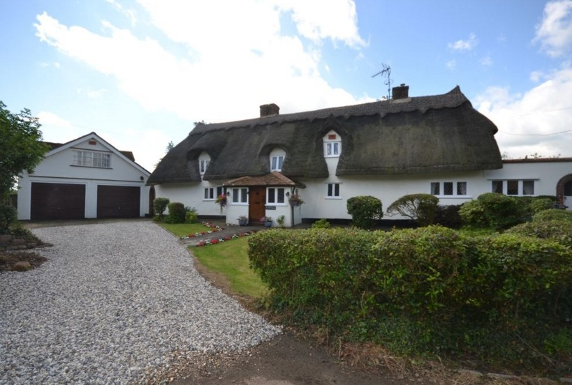 A taste of rural Essex and Herts with these two properties
