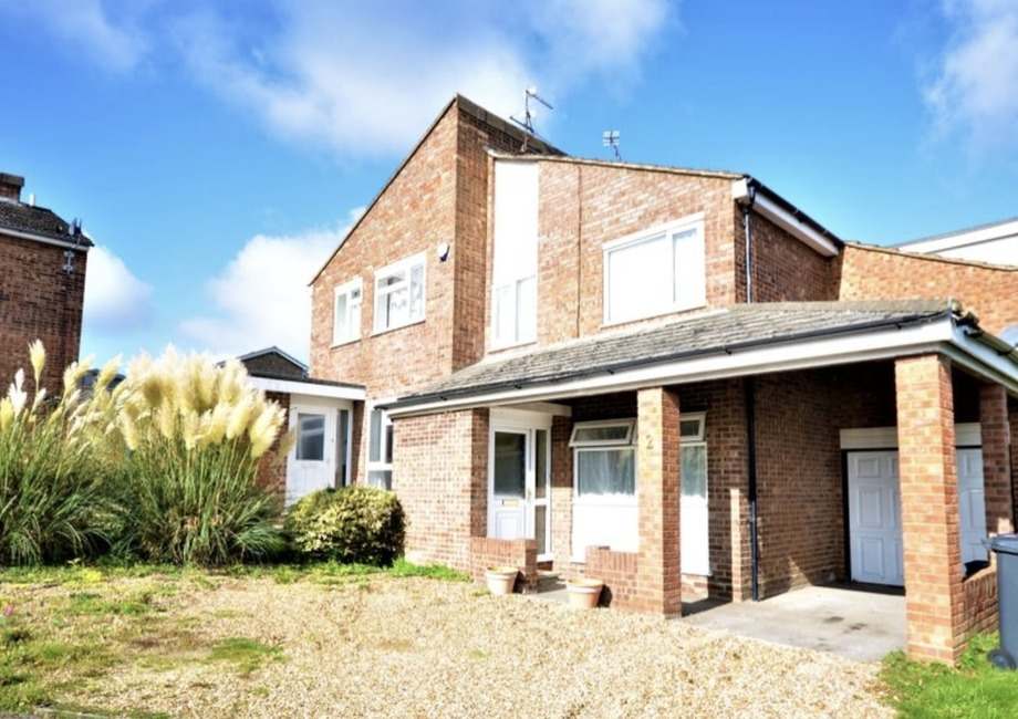 Properties under £400,000 in Essex and Herts