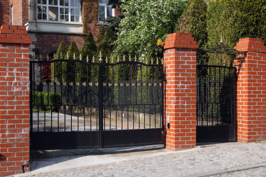 Automatic property gates