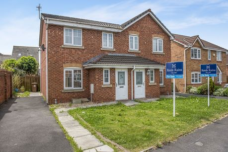 House for sale in Sutton Manor with Reeds Rains