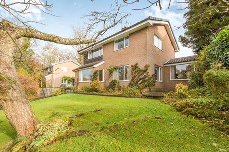 House for sale in Sutton with Reeds Rains