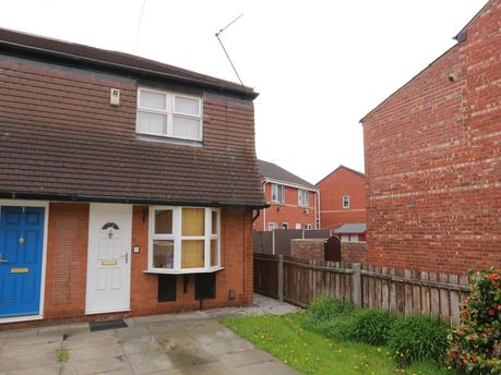 Bed Houses To Rent In Denton Manchester