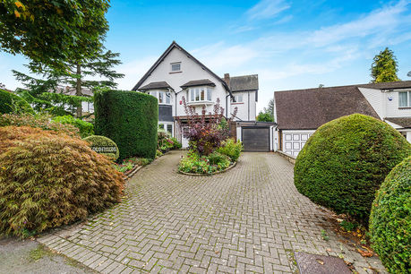 House for sale in Wallington with Your Move