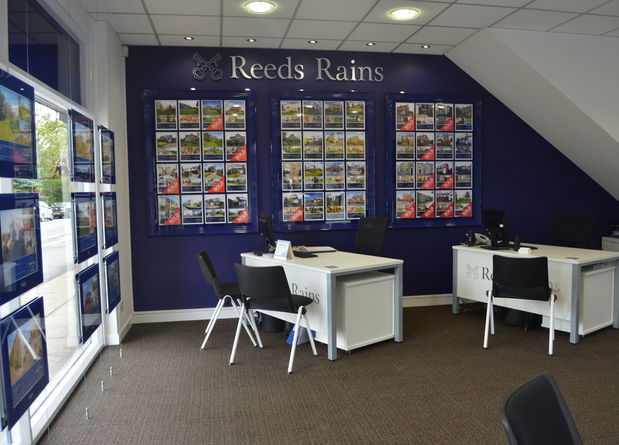 Reeds Rains Longridge Internal2